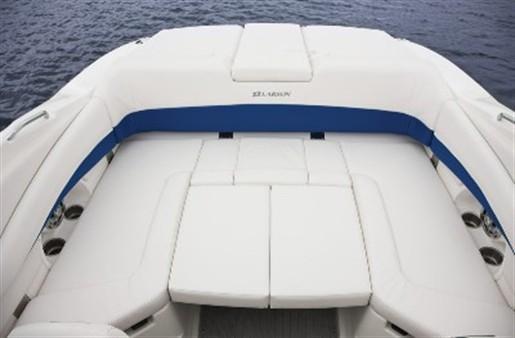 Larson boat dealers ontario canada map