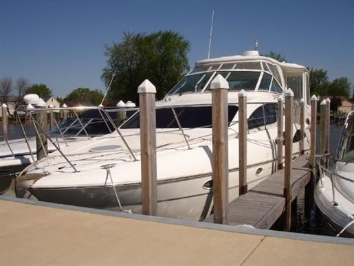 2004 Cruisers Yachts 405 Pilot House MY
