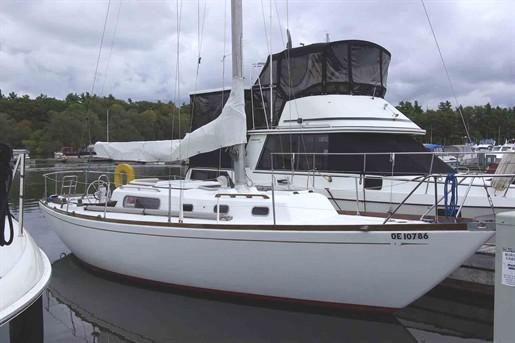 Morgan 34. 1967 Morgan 34 Centerboard