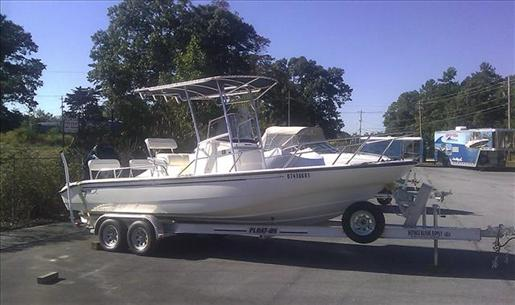2002 Boston Whaler 22 DAUNTLESS