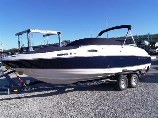 2008 Regal 2400 Bowrider