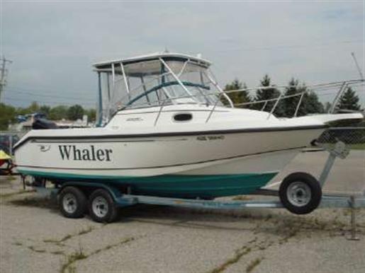 1997 Boston Whaler Inc 235 CONQUEST