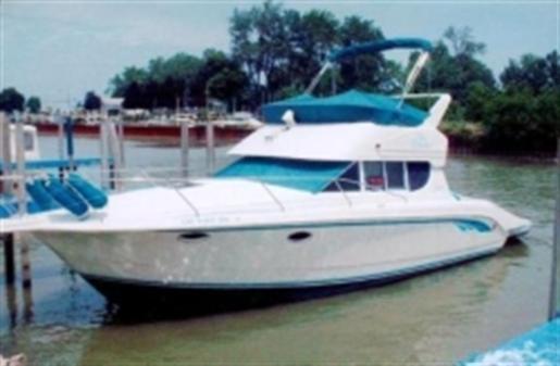 1993 Silverton 312 Sedan