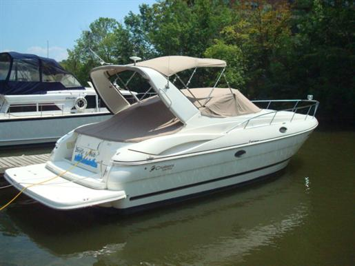 2003 Cruisers Yachts 3275 Express MC