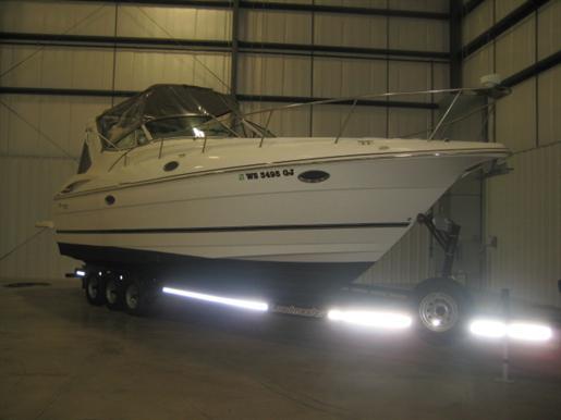 2002 Cruisers Yachts 3275