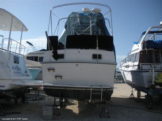 1986 Mainship 36 Nantucket