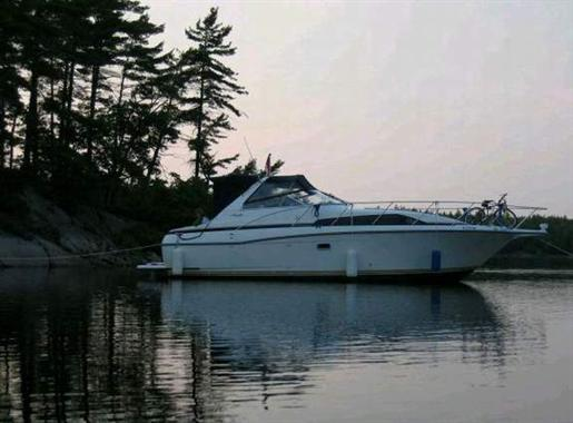Loading.... 1998 Bayliner 3255 Avanti