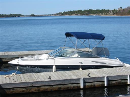 2007 CROWNLINE 200LS. Payne Marine » Lieu: Pointe Au Baril,Ontario, Canada