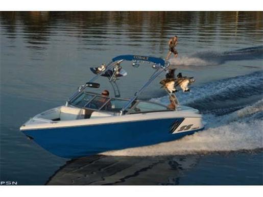 2011 Cobalt Boats 210WSS