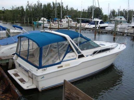 1986 Searay 300 Sundancer