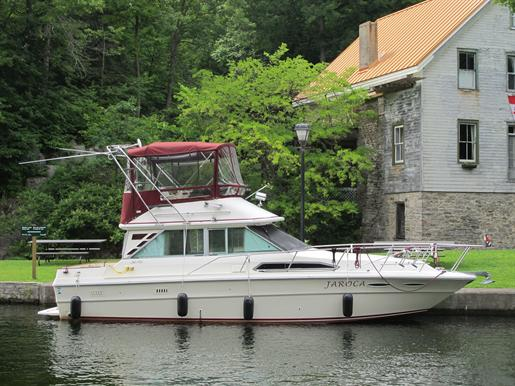 1985 Sea Ray 340 Sedan Bridge