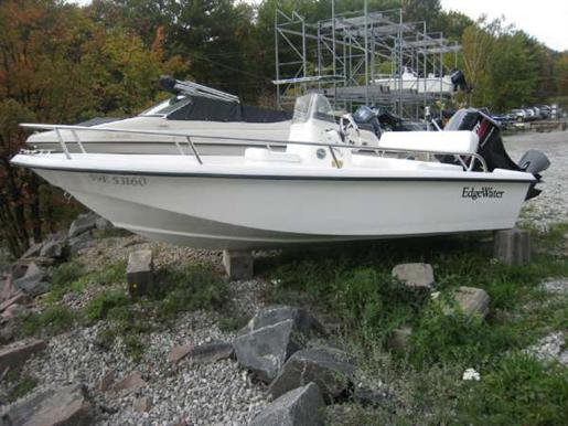 2005 EdgeWater 145cc. Courtesy www.boatdealers.ca