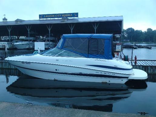 2005 Maxum 2400 SR3