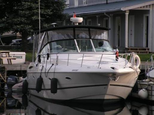 2003 Cruisers Yachts 3970