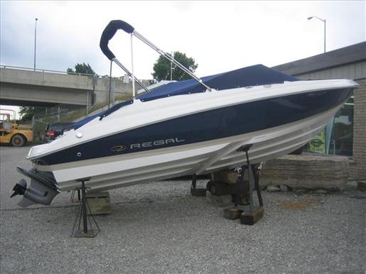 2008 Regal 2000 Bowrider