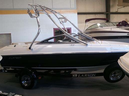 2012 Larson LX 850