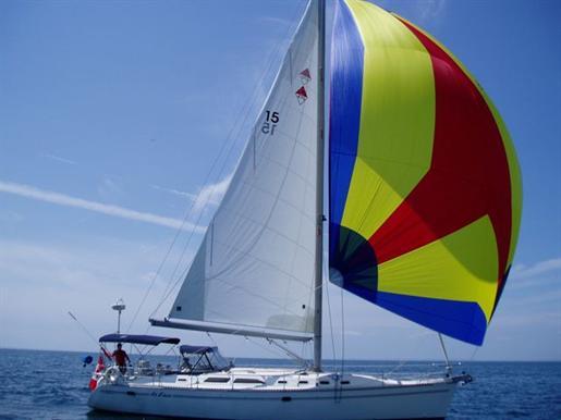 1999 Catalina Yachts.
