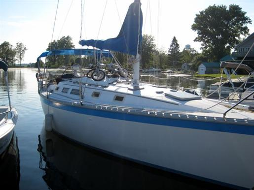 1983 Hunter Hunter 34 · 34ft / 10.36 m. Other Updated 2012-02-04