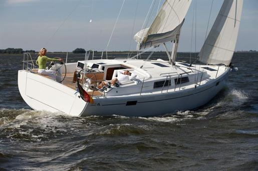 Offered for sale by Pat Sturgeon Yachts. ---
