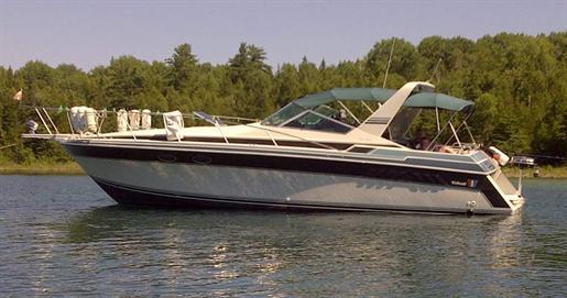1988 Wellcraft 3400 Grand Sport · 34ft / 10.36 m. Express Cruiser Boats