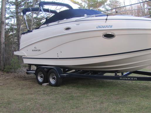 Rinker 250 Express Cruiser - 2007