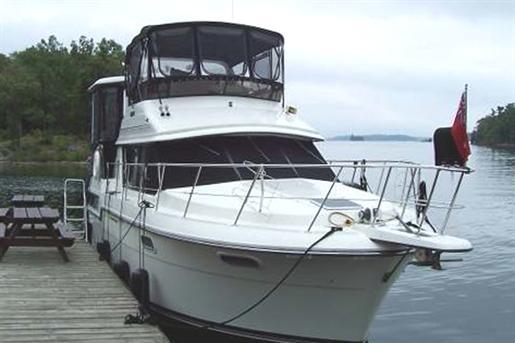 3807 Aft Cabin Motor Yacht