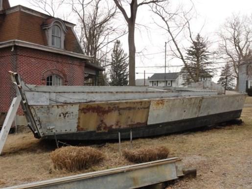 Us navy lcvp fiberglass landing craft us navy lcvplanding for Military landing craft for sale