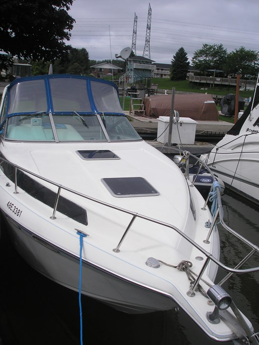Celebrity Boats Bowrider - 230 Bowrider Years