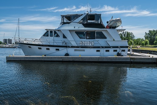 51 Pilothouse***SOLD***