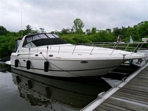 2001 Cruiser Yachts 3870 Express