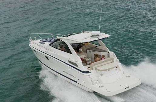Boat Dealers Alberta >> 2012 Regal 35 Sport Coupe Cruiser Boat Review - BoatDealers.ca
