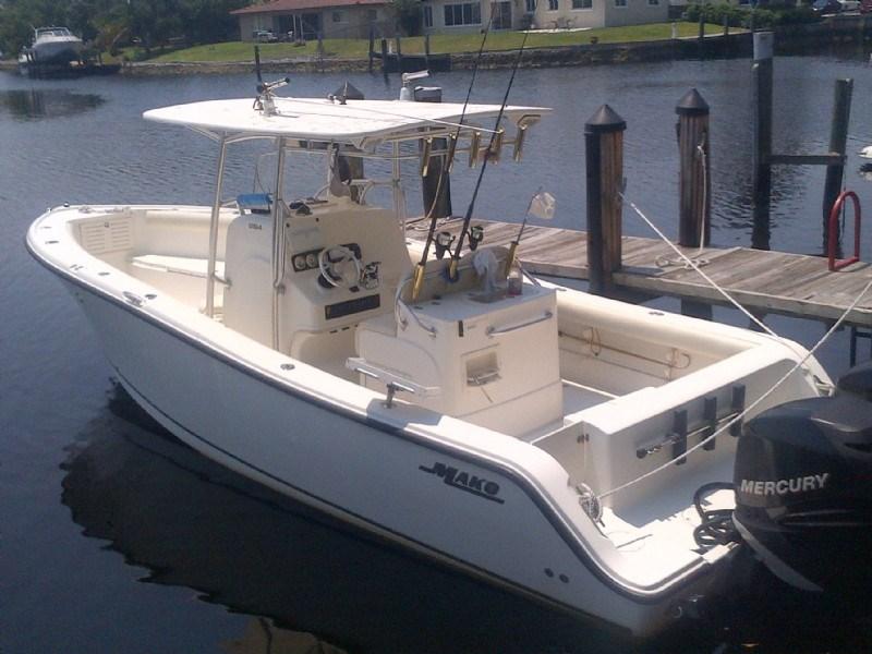 Mako 2006 used boat for sale in sarasota florida for Used fishing boats for sale in florida