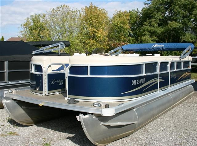Used boats for sale new boats from dealers and boat for for Used fishing pontoon boats for sale