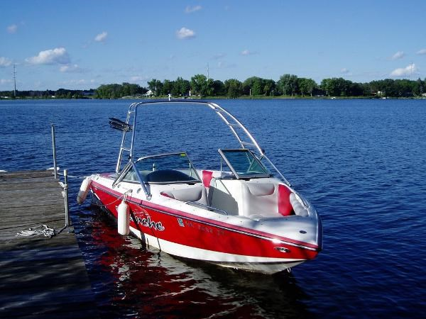 2004 centurion 22 avalanche boat for sale for Boat motors for sale mn