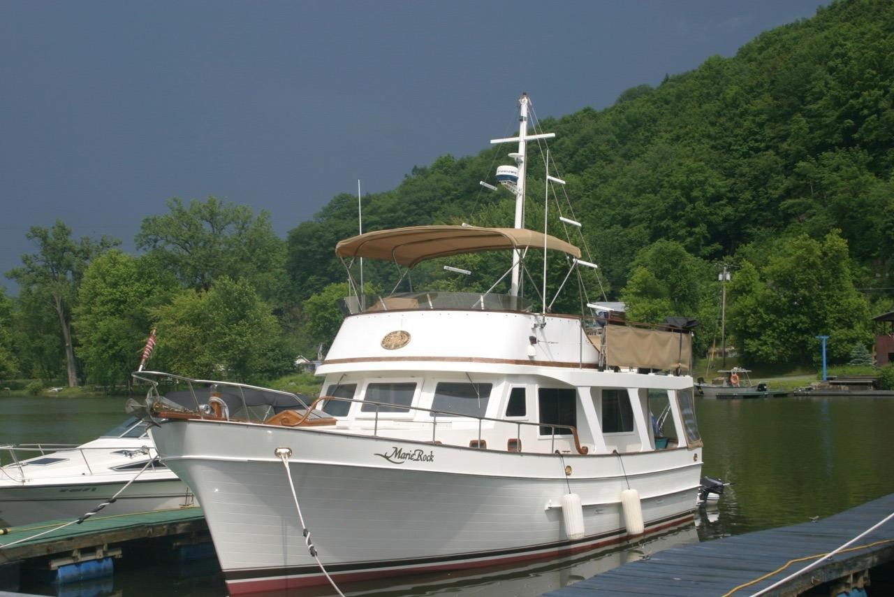 Mariner 37 Seville Pilothouse - Curtis Stokes Yacht Brokerage