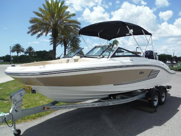 2016 sea ray 21 spx outboard boat for sale 21 foot 2016 for Boat motors for sale in florida