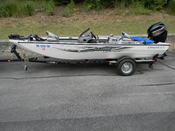 2013 lowe 175 stinger boat for sale 17 foot 2013 lowe fishing boat