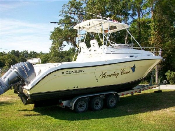 2005 century 3200 walk around boat for sale 32 foot 2005 for Century motors of south florida