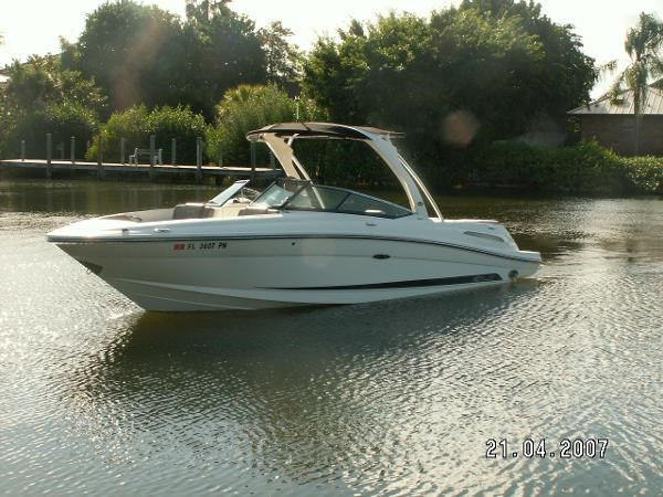 2011 sea ray 250 slx boat for sale 25 foot 2011 sea ray for Boat motors for sale in florida