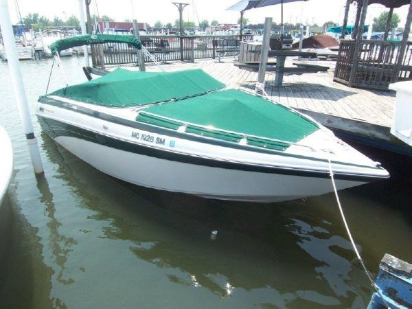 2004 Crownline 230 Bow Rider Boat For Sale 23 Foot 2004