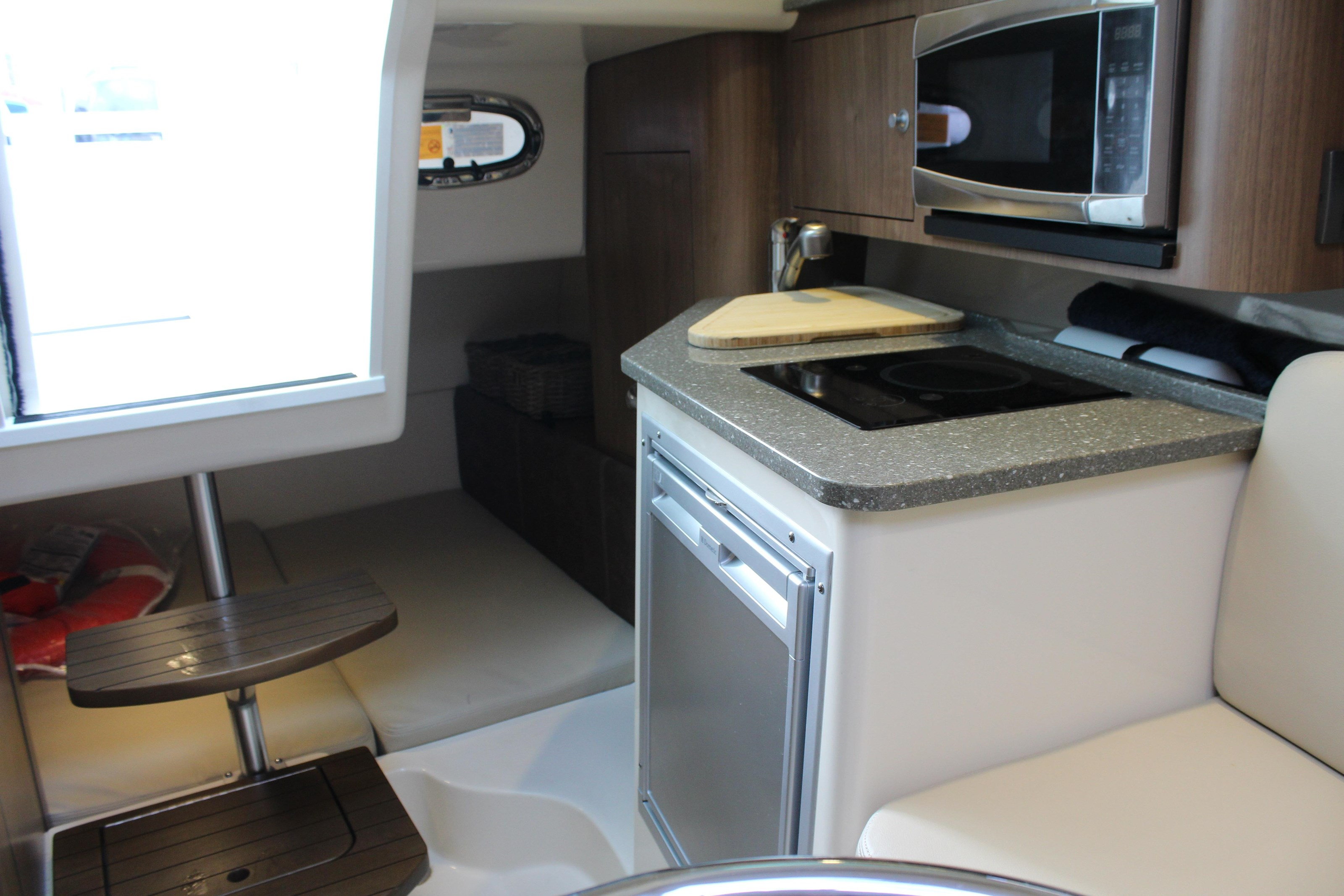 Boston Whaler 285 Conquest 2014 Used Boat For Sale In