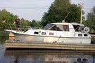 1986 Carver Riviera 28 Used Boat For Sale