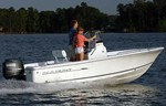 Sea Hunt Triton 177 2013