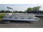Manitou Pontoon Aurora 22 Cruising Boat for Sale