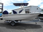 Boston Whaler 19 outrage Boat for Sale