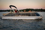 Bennington 2575 QCW/IO Boat for Sale