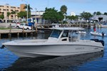 Boston Whaler 370 Outrage 2011