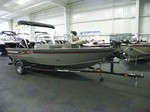 Tracker Pro Guide V-17 WT Boat for Sale