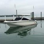 Boston Whaler 270 Vantage 2013