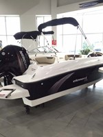 Bayliner Element XL 2015